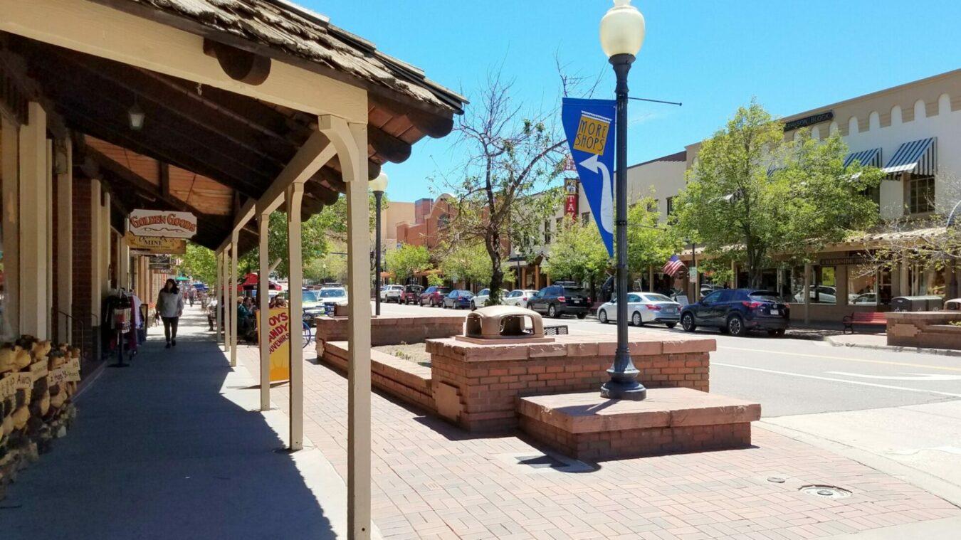 Downtown Golden Shopping & Restaurants